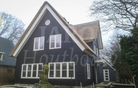Levensloopbestendige woning bouwen jaro houtbouw for Houten huis laten bouwen